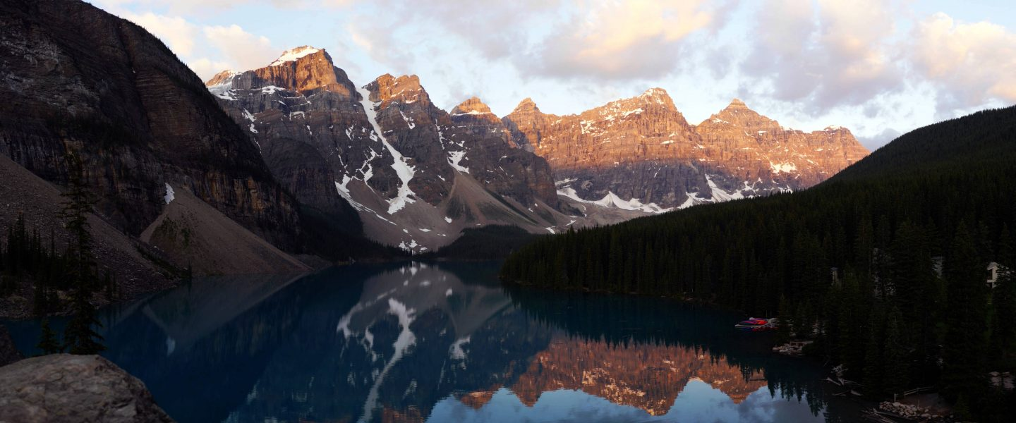 Moraine Lake – The Dream of Canada