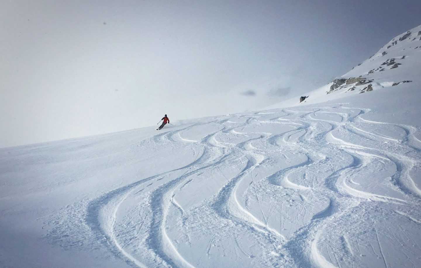 Heliskiing in Revelstoke – The greatest skiing season of my life